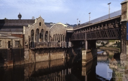 The inspiration for the idea. Note the gangway under Skew Bridge.