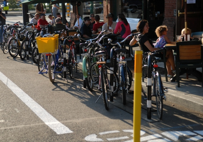 Mythbusting: The business benefits of bikeways