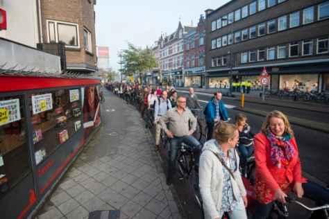 Traffic jam in Nachtegaalstraat