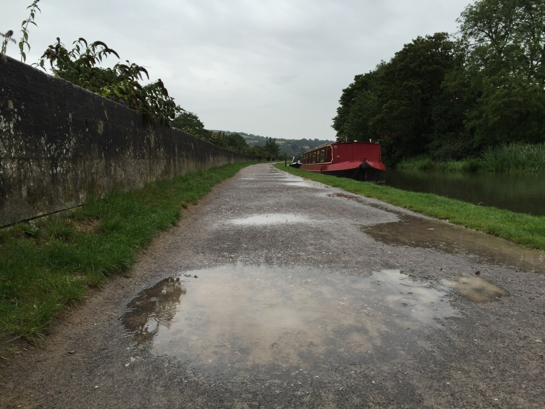 Kennet and Avon Canal towpath into Bath